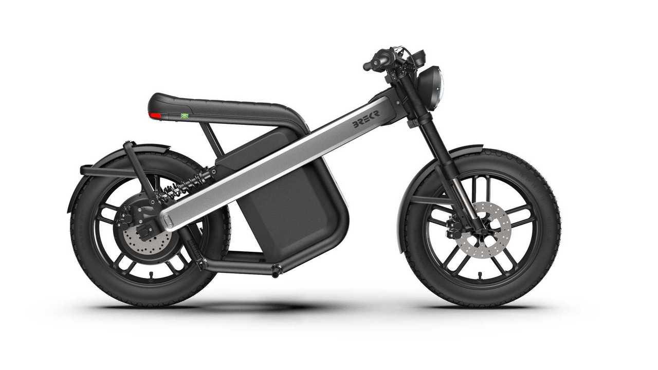 Brekr B4000 und B2500: E-Roller und E-Mofa auf der IAA Mobility