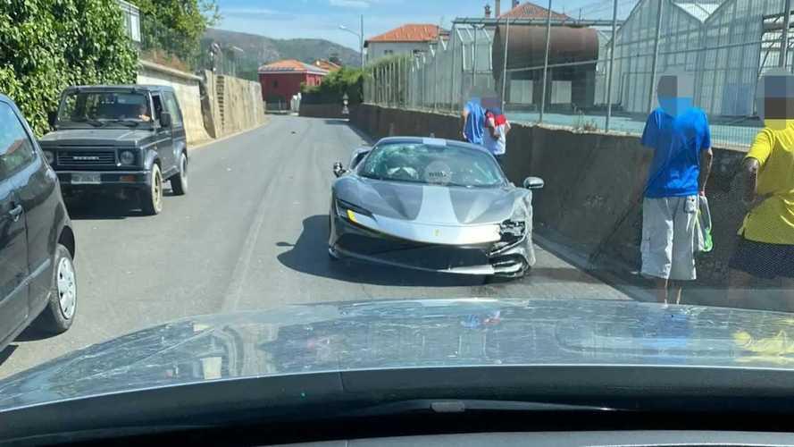 Ferrari SF90 Stradale Assetto Fiorano Crash