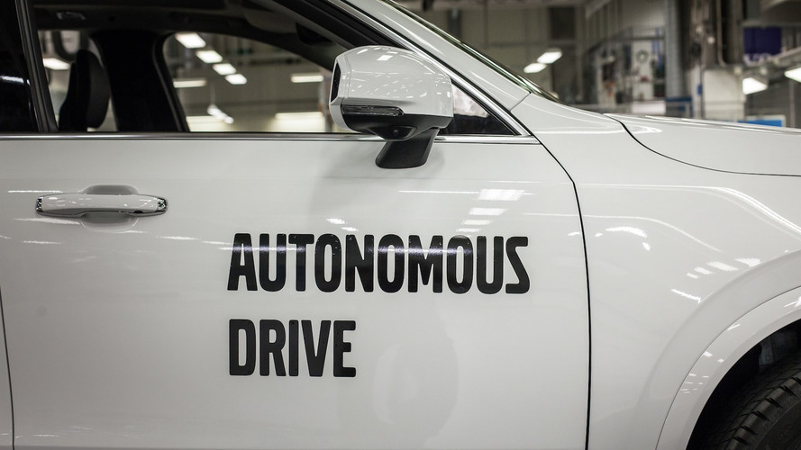 Google's generosity sees staff leave self-driving biz