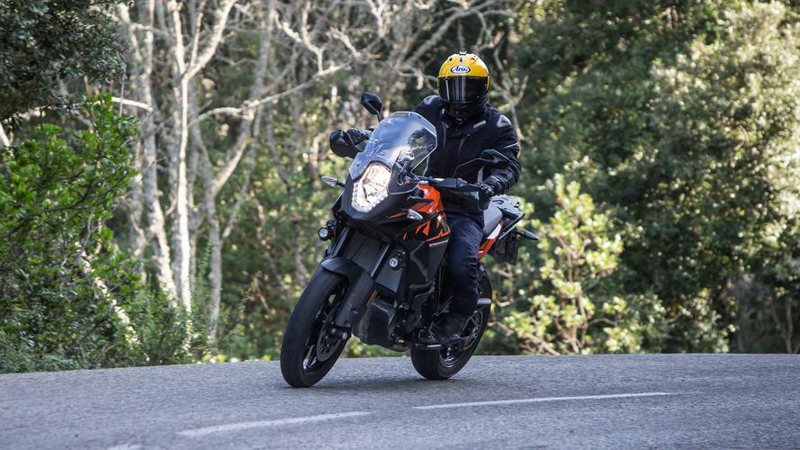2017 KTM 1090 Adventure - First Ride