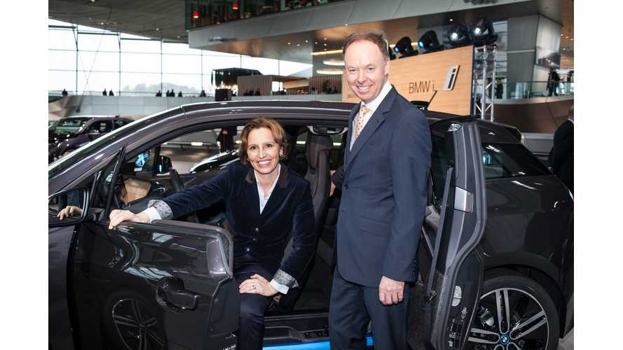 BMW Delivers First i3 Electric Vehicles In Germany Today