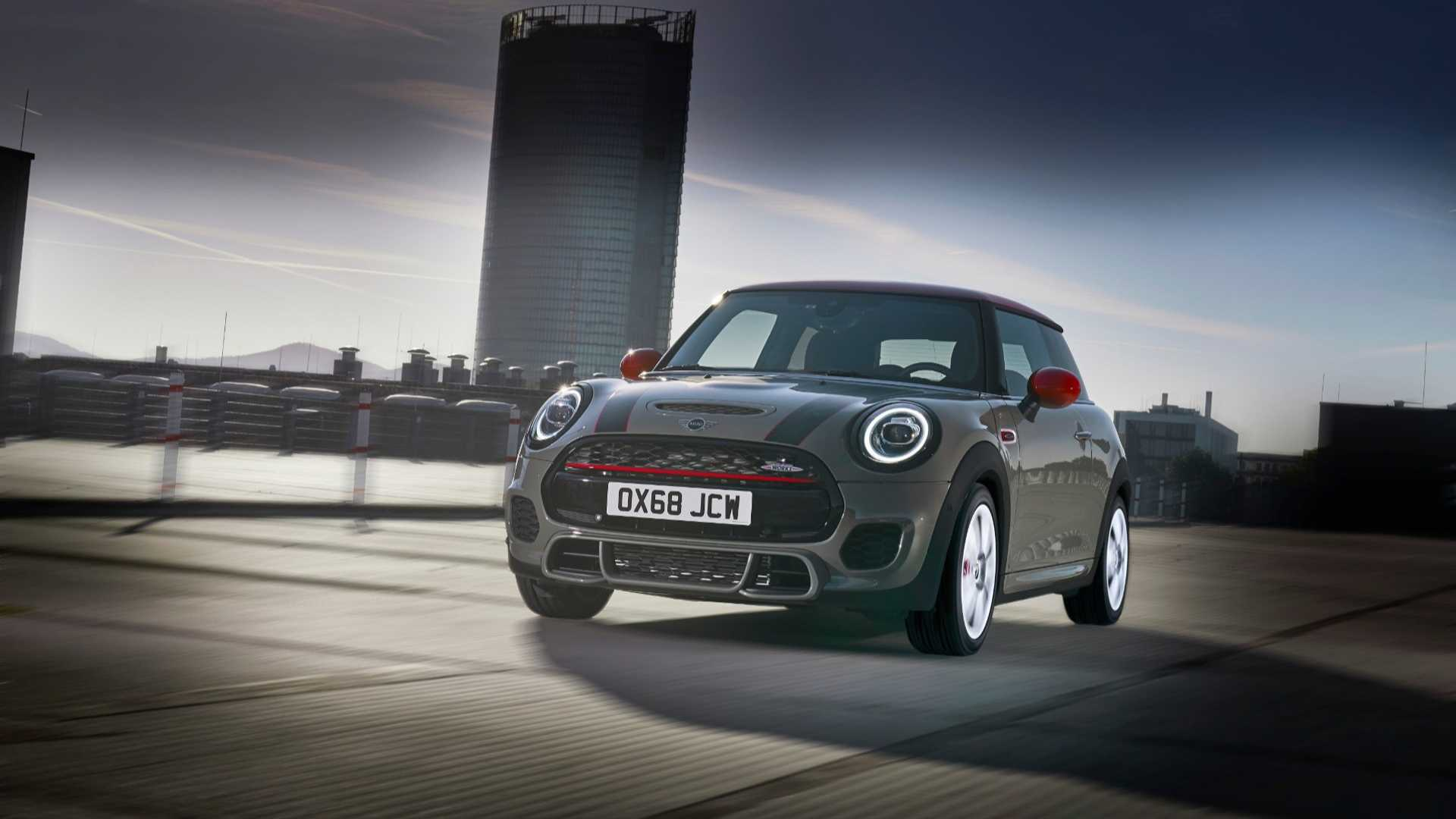 European Mini Cooper Jcw Gets Meaner Cleaner For 2019