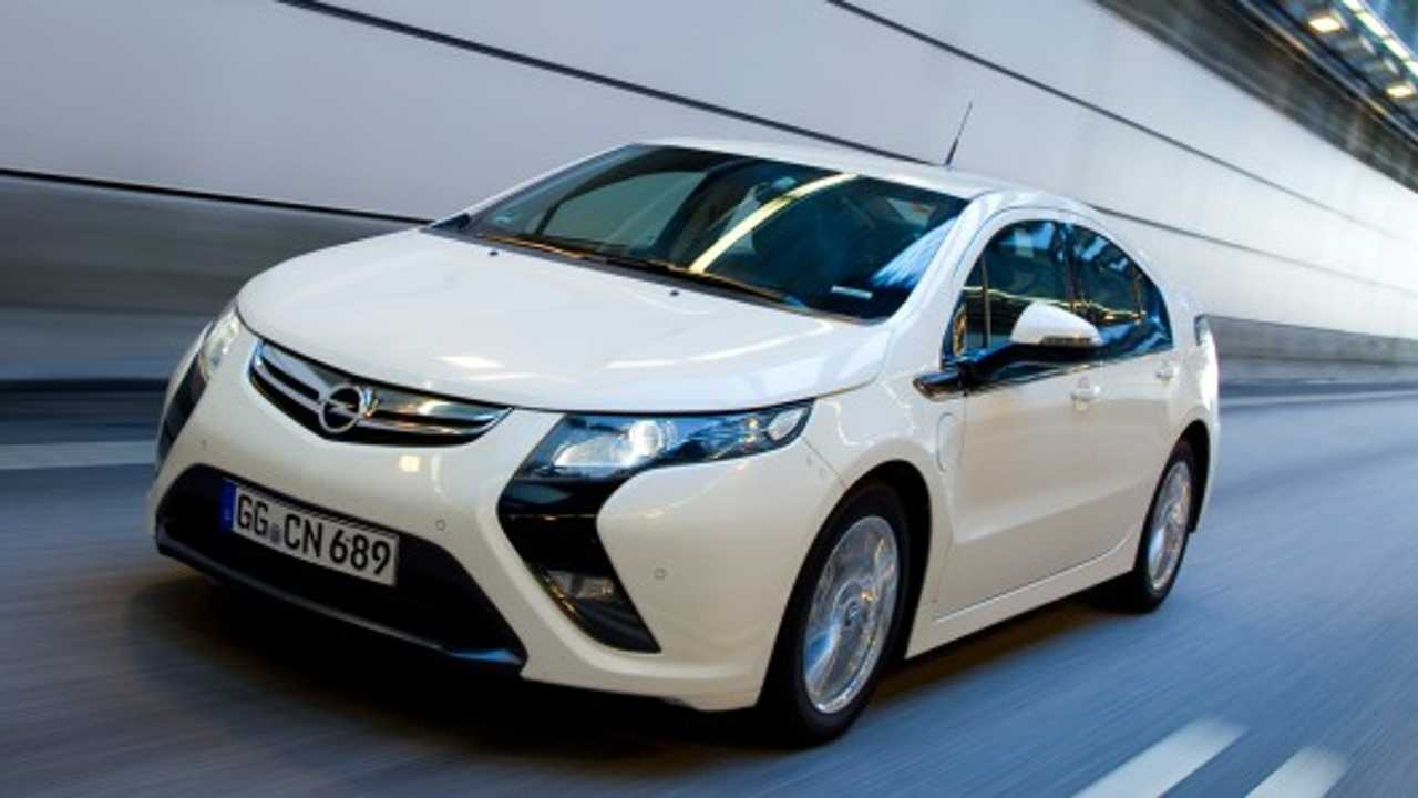 Opel Slashes Over $10,000 Off Ampera Price