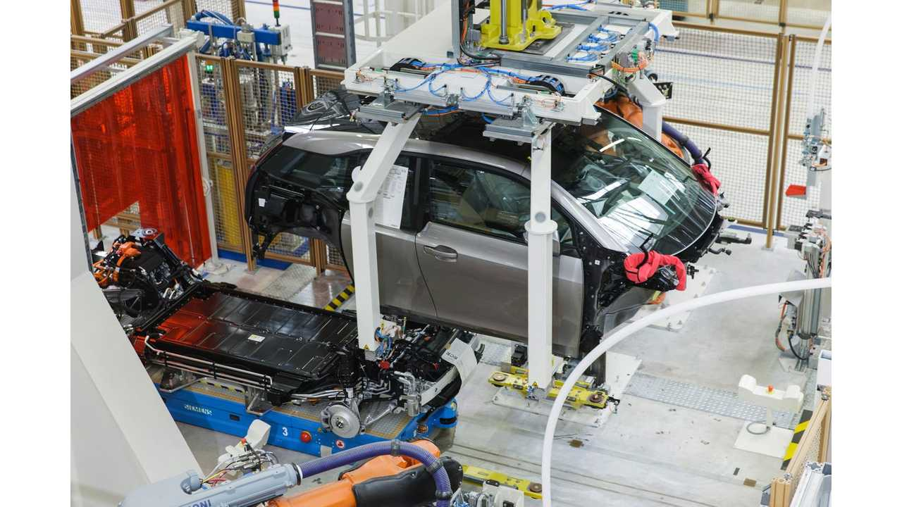 BMW i3 Production Process Videos – Assembly