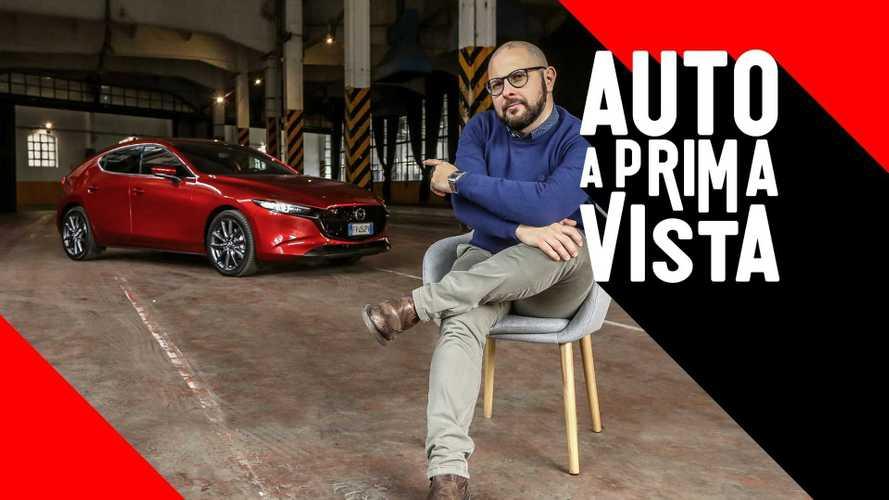 Nuova Mazda 3, un'auto che non segue le mode
