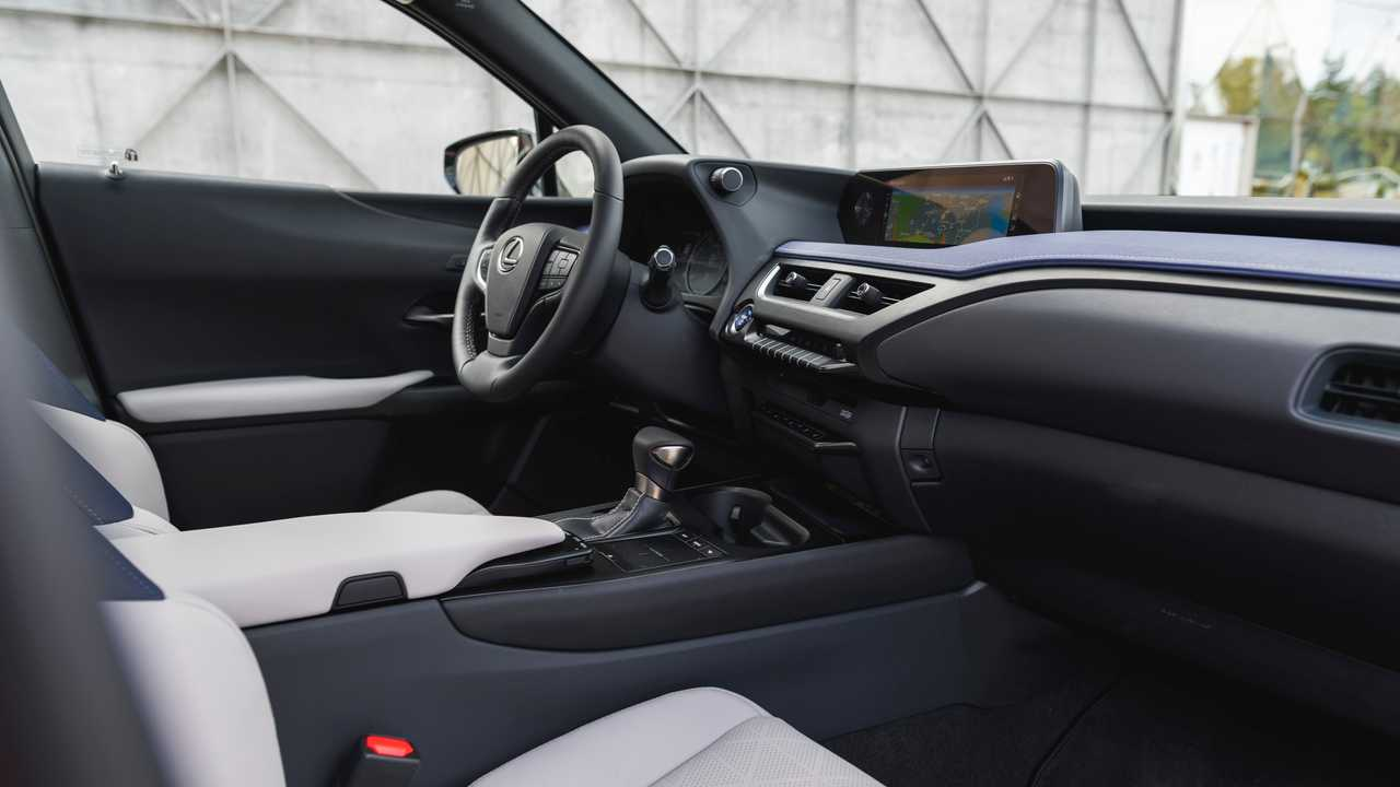 Primera prueba Lexus UX 250h 2019