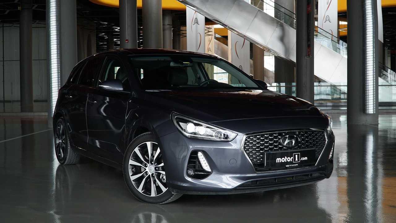 5. Hyundai i30 (395 Litre)