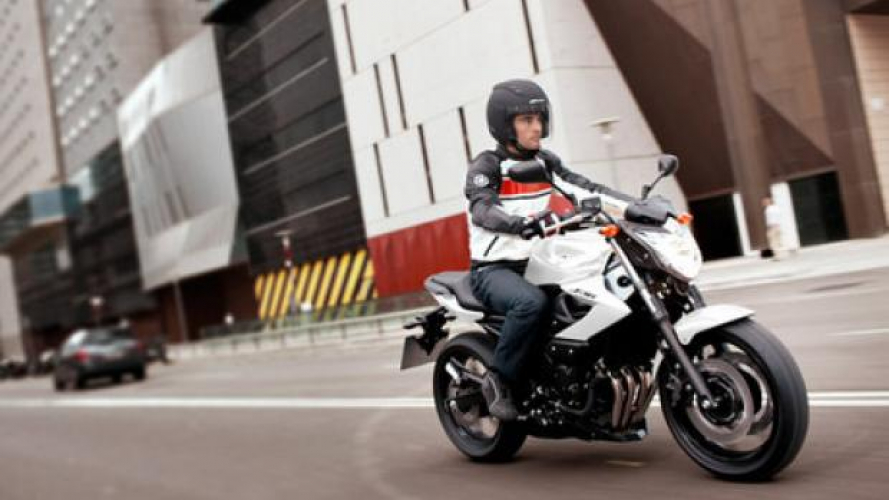 Yamaha: listino al ribasso per il 2013