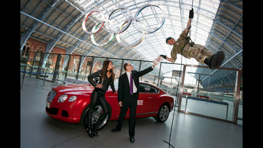 "Bentley presenta ""007, Carte Blanche"""