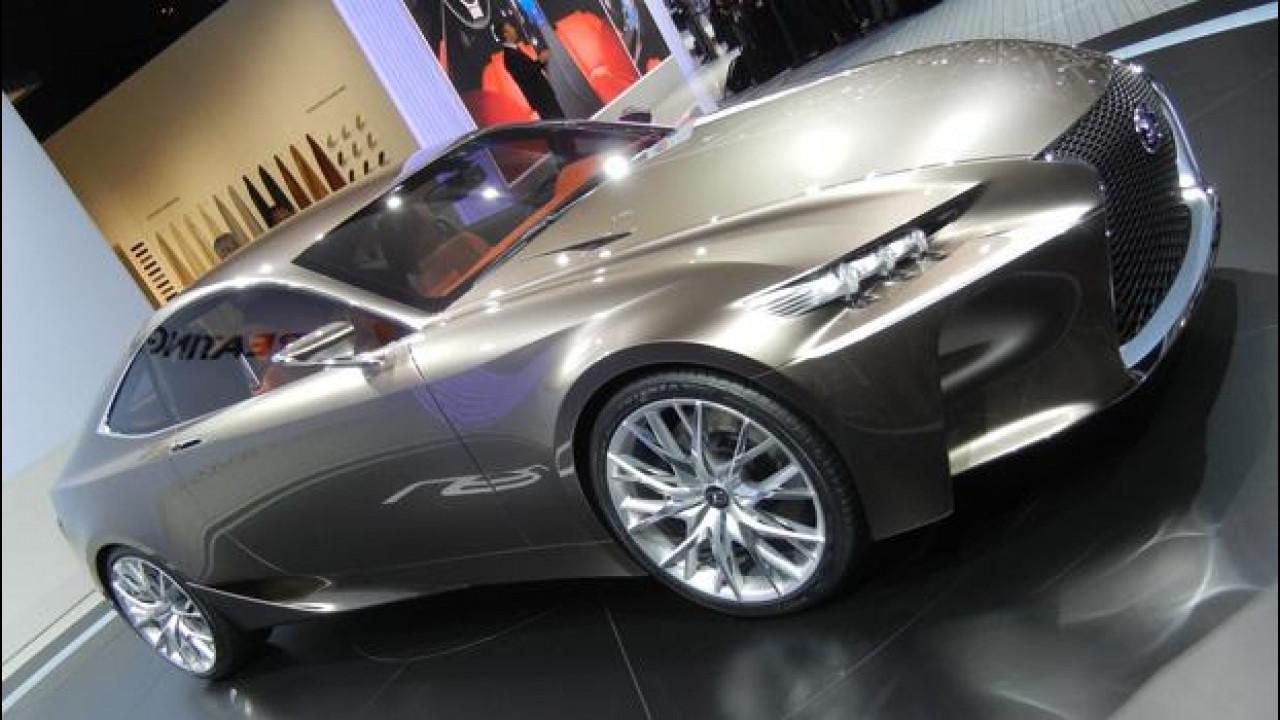 [Copertina] - Lexus LF-CC, quant'è sportivo l'ibrido!