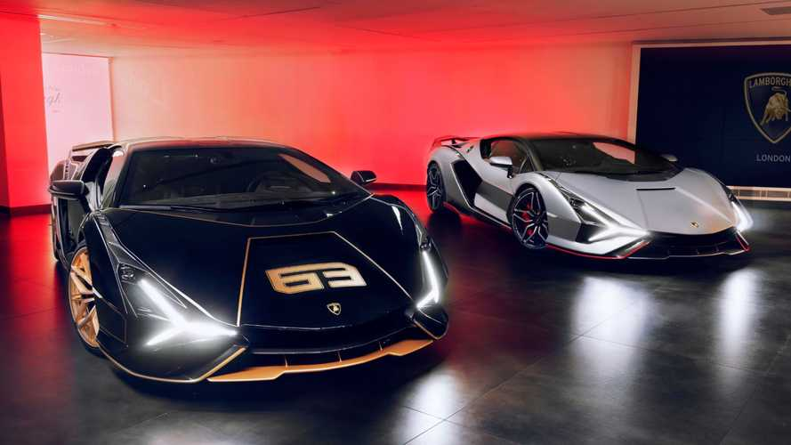 Lamborghini Sians arrive in London