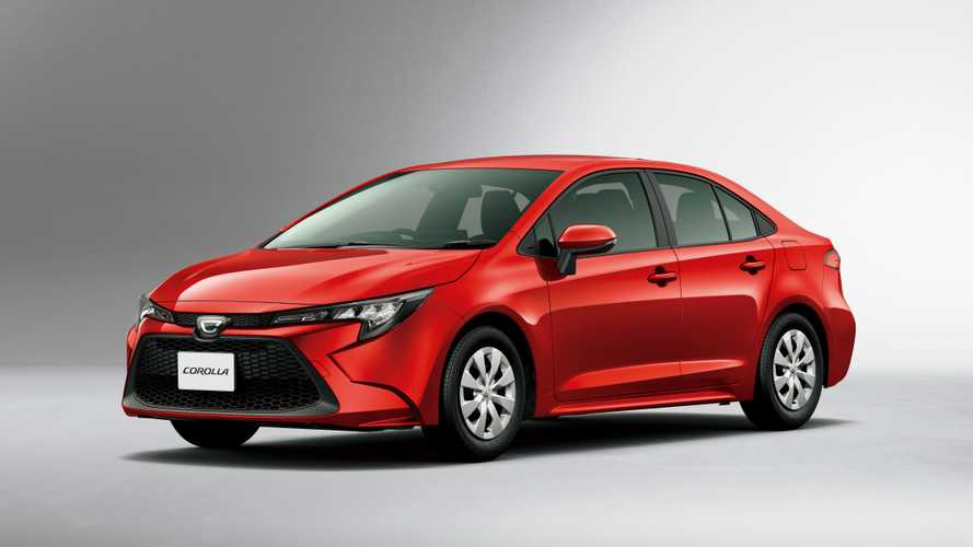 """Новая Toyota Corolla """"усохла"""" для домашнего рынка"""