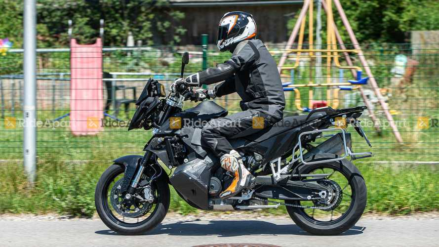 Spotted: KTM Supermoto 890 Testing In The Wild