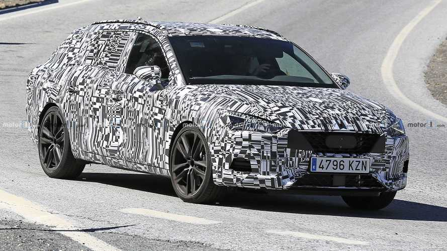 2021 Leon Cupra ST And SEAT Leon Plug-In Hybrid Spied