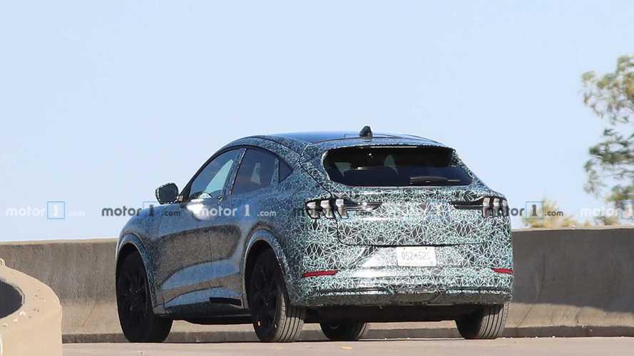 Megmutatta magát a Ford Mustang-ihletésű elektromos crossovere