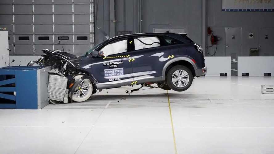 Hyundai Nexo, la prima a idrogeno testata da IIHS