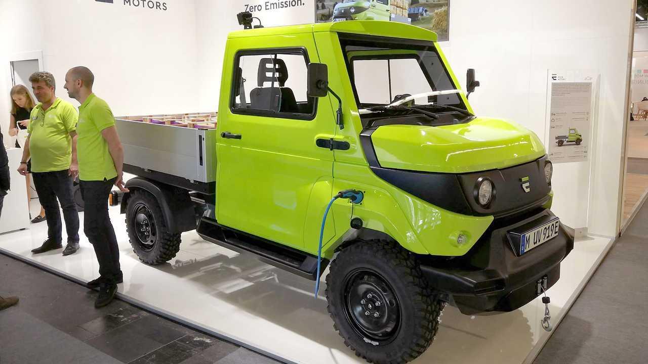 IAA 2019 - Elektroautos: EVUM aCar