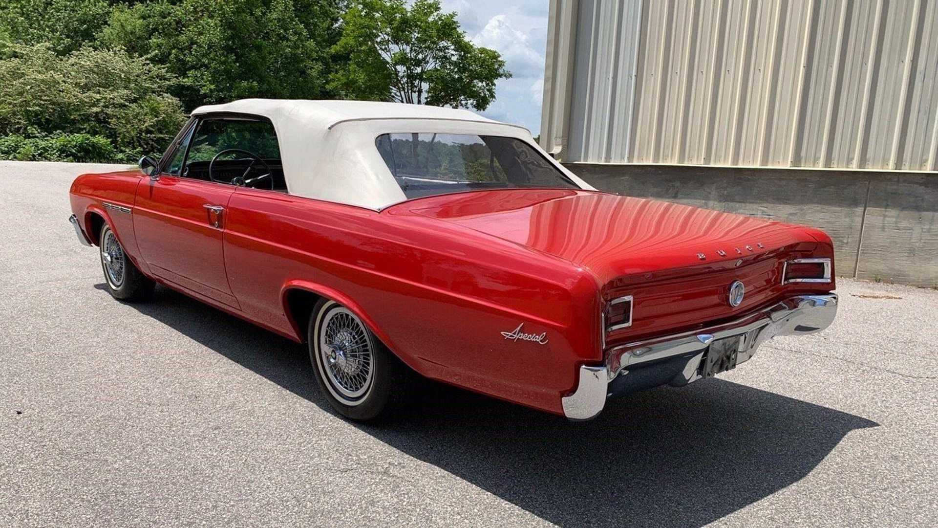 "[""1965 Buick Special Convertible""]"