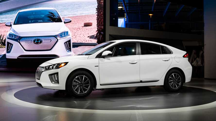 2020 Hyundai Ioniq Debuts With 170 Miles Of EV Range, Refreshed Looks