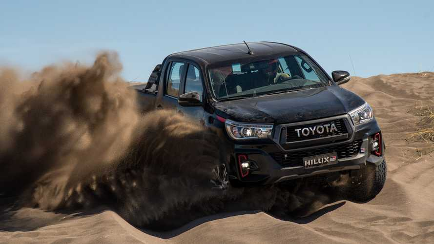 Toyota Hilux pode receber versão híbrida a diesel em 2025