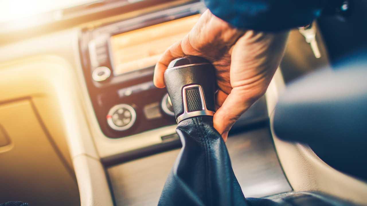 Manual transmission driving