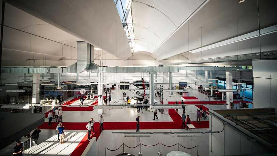 I Tesla Center in Italia aumentano, aperture a Roma e Bologna