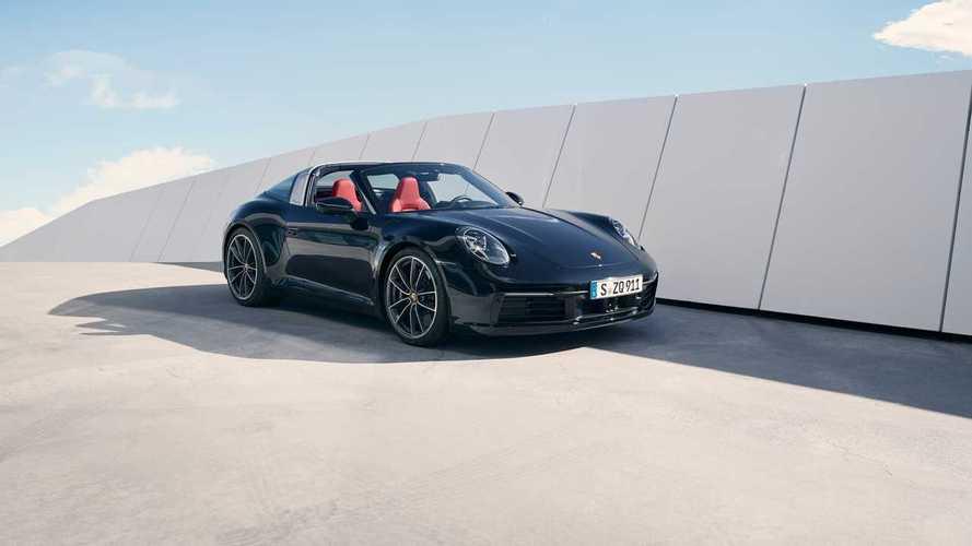 Bemutatjuk a Porsche 911 Targát: 450 lóerő, akár kézi váltóval is