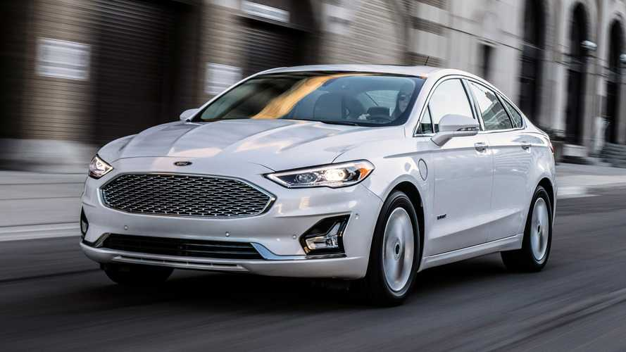 Still Into Sedans? Ford Fusion Gets Attractive Clearance Deals