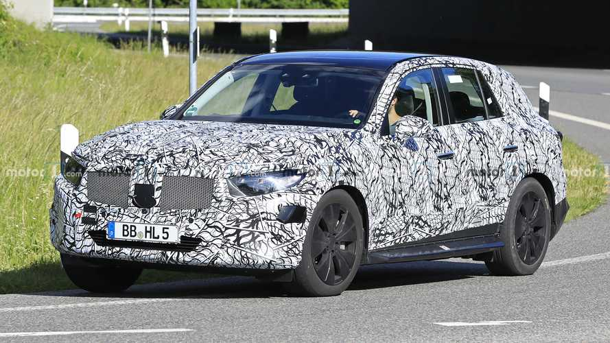 2022 Mercedes GLC Returns In Better Spy Shots, Looks Bigger
