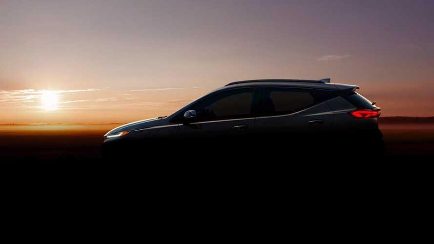Chevrolet показал новый кроссовер на базе хетчбэка Bolt