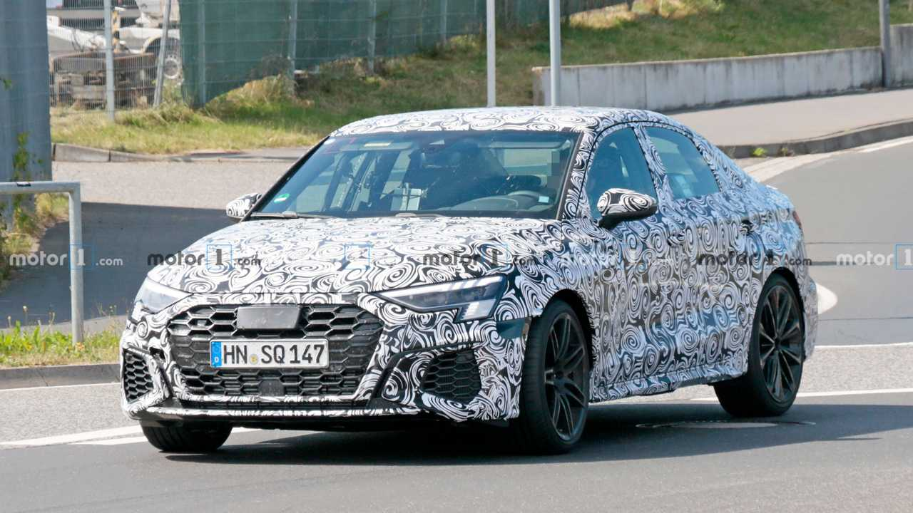 Audi RS3 Berline espion photo