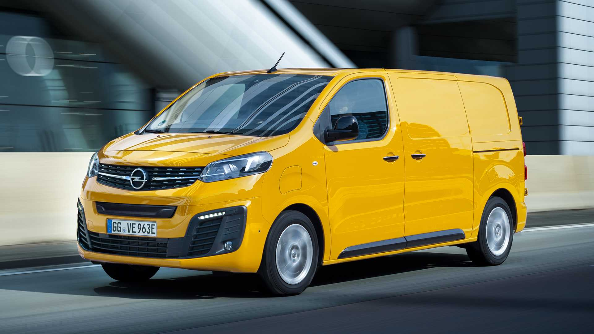 2020 Opel Vivaro Review