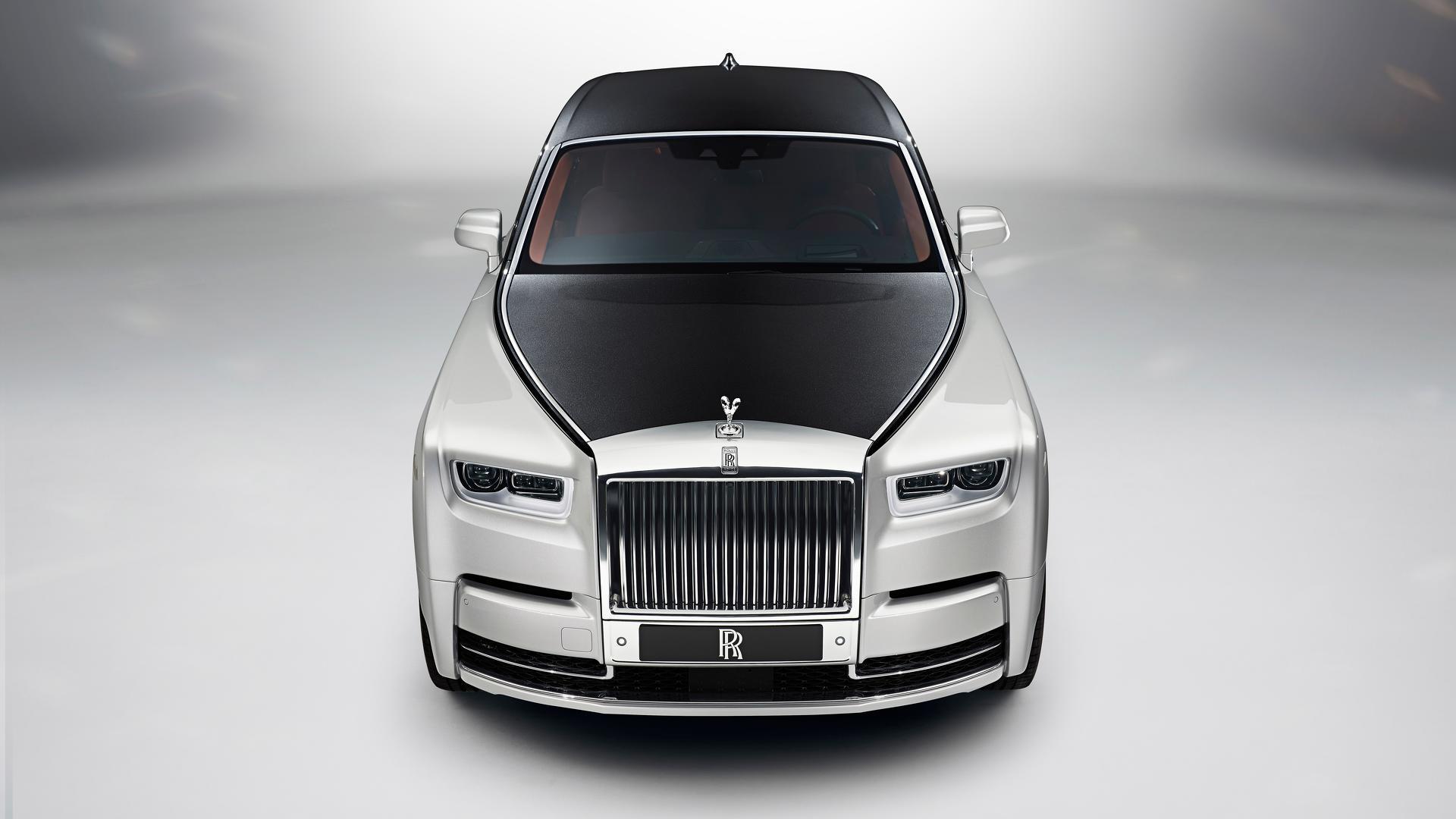 2018 Rolls Royce Phantom Opulent Doesnt Do It Justice Trumph Boots Darkbrown