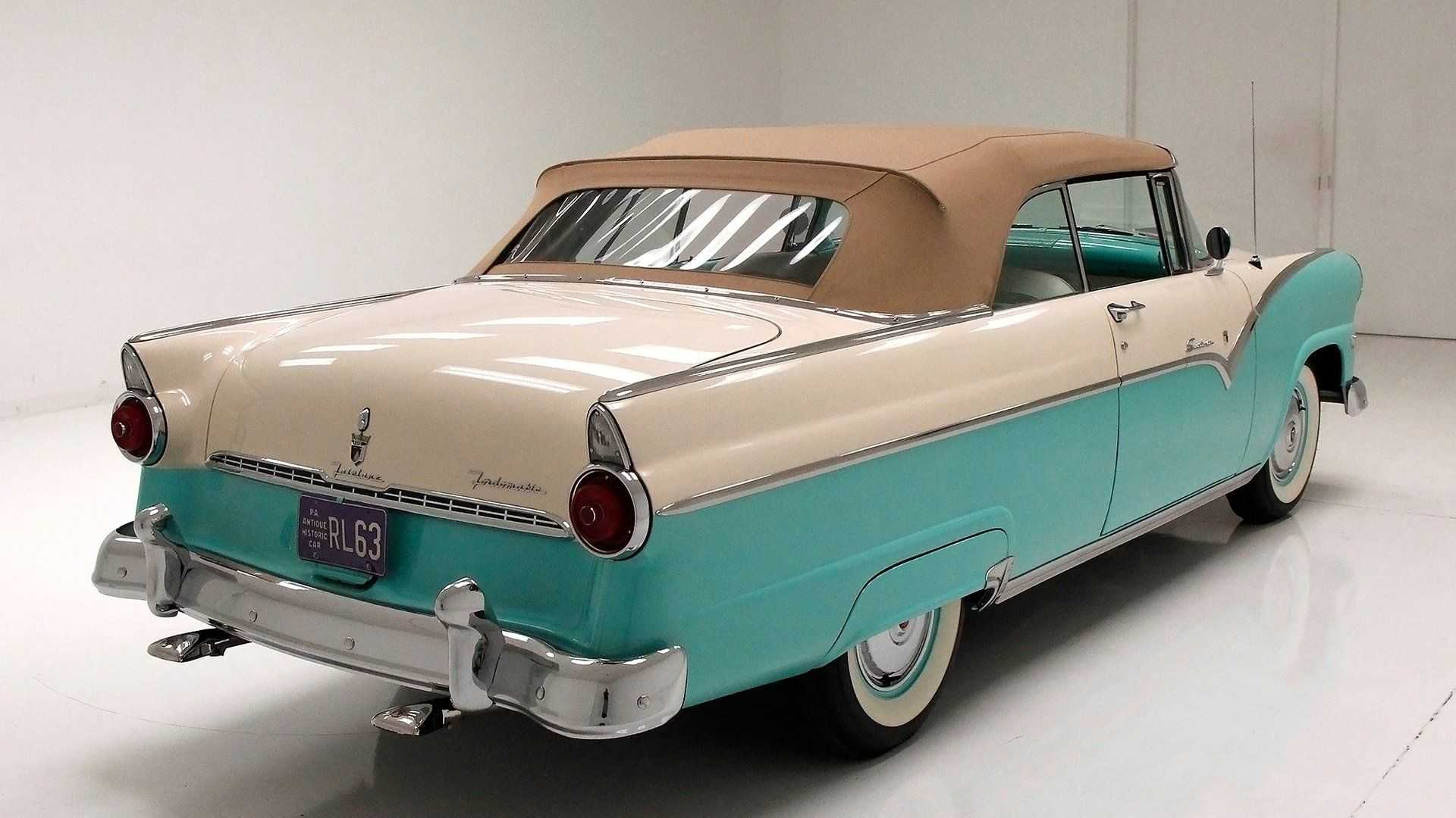 1955 Ford Fairlane Sunliner Convertible Lets The Breeze Blow