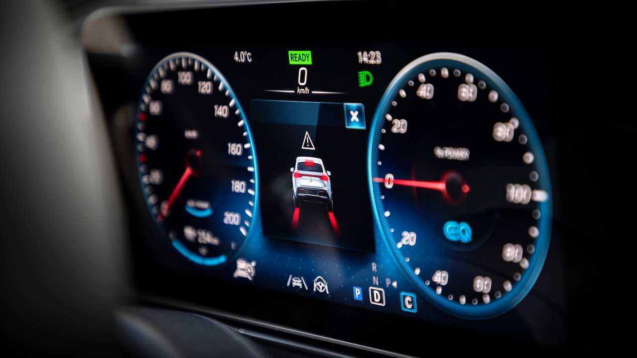 Mercedes EQC, prima prova su strada