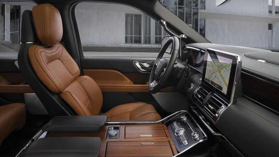 2020 Lincoln Navigator Motor1 Com Photos