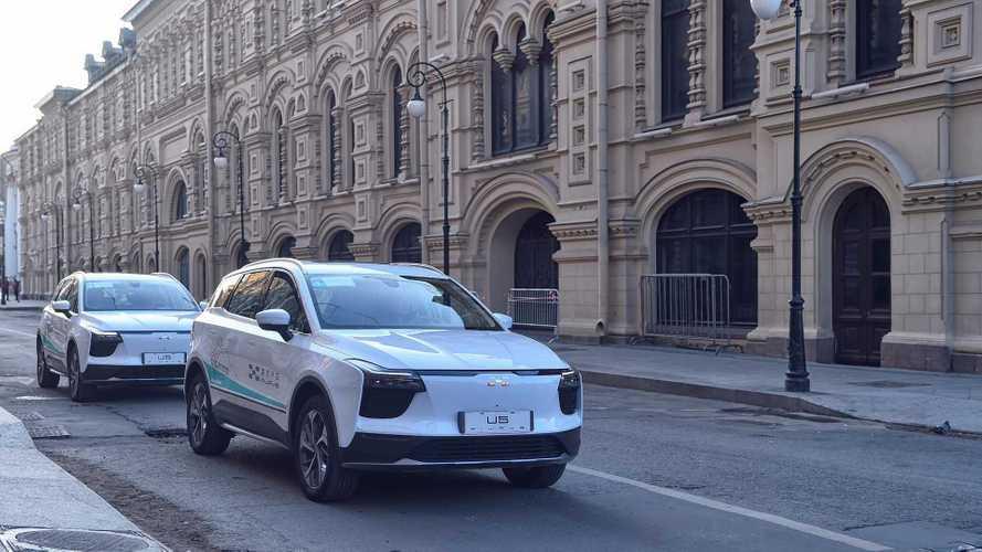 Китайцы привезут в Женеву новый электрокроссовер для Европы
