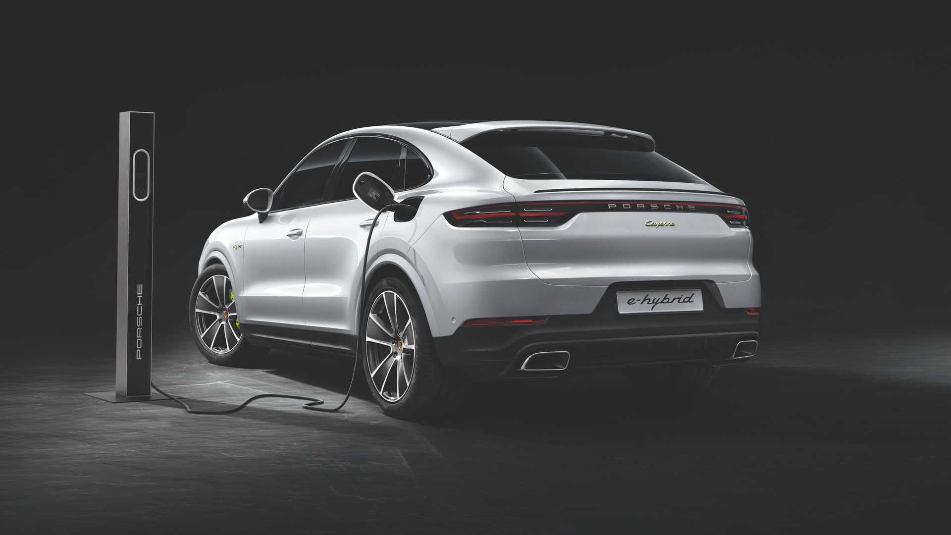 2020 Porsche Cayenne Turbo S E Hybrid Coupe Turbo S E Hybrid And Coupe E Hybrid Insideevs Photos