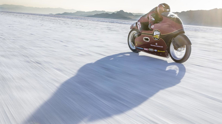 Homenaje de Indian Motorcycle a Burt Munro en Bonneville