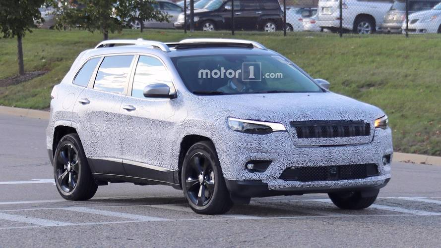 2019 Jeep Cherokee Could Borrow Wrangler's 2.0L Turbo Engine