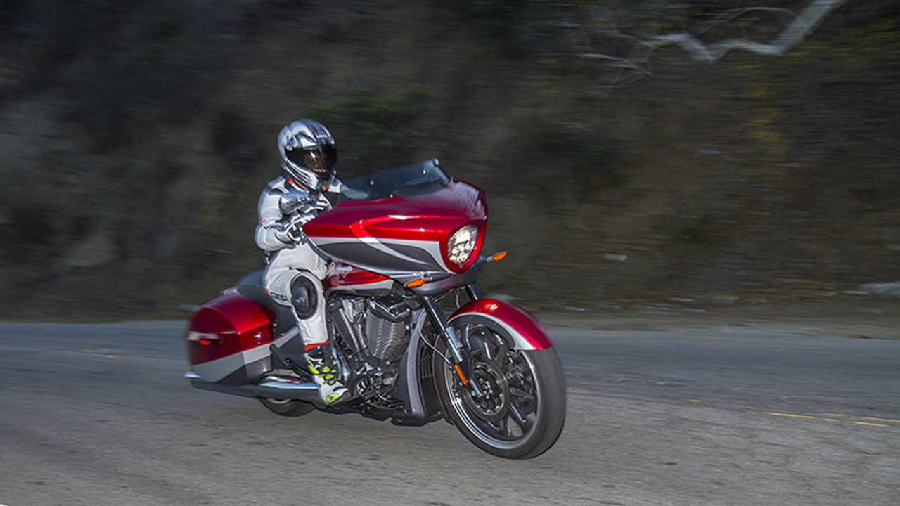 World S Best Performing Bagger 2015 Victory Magnum Review