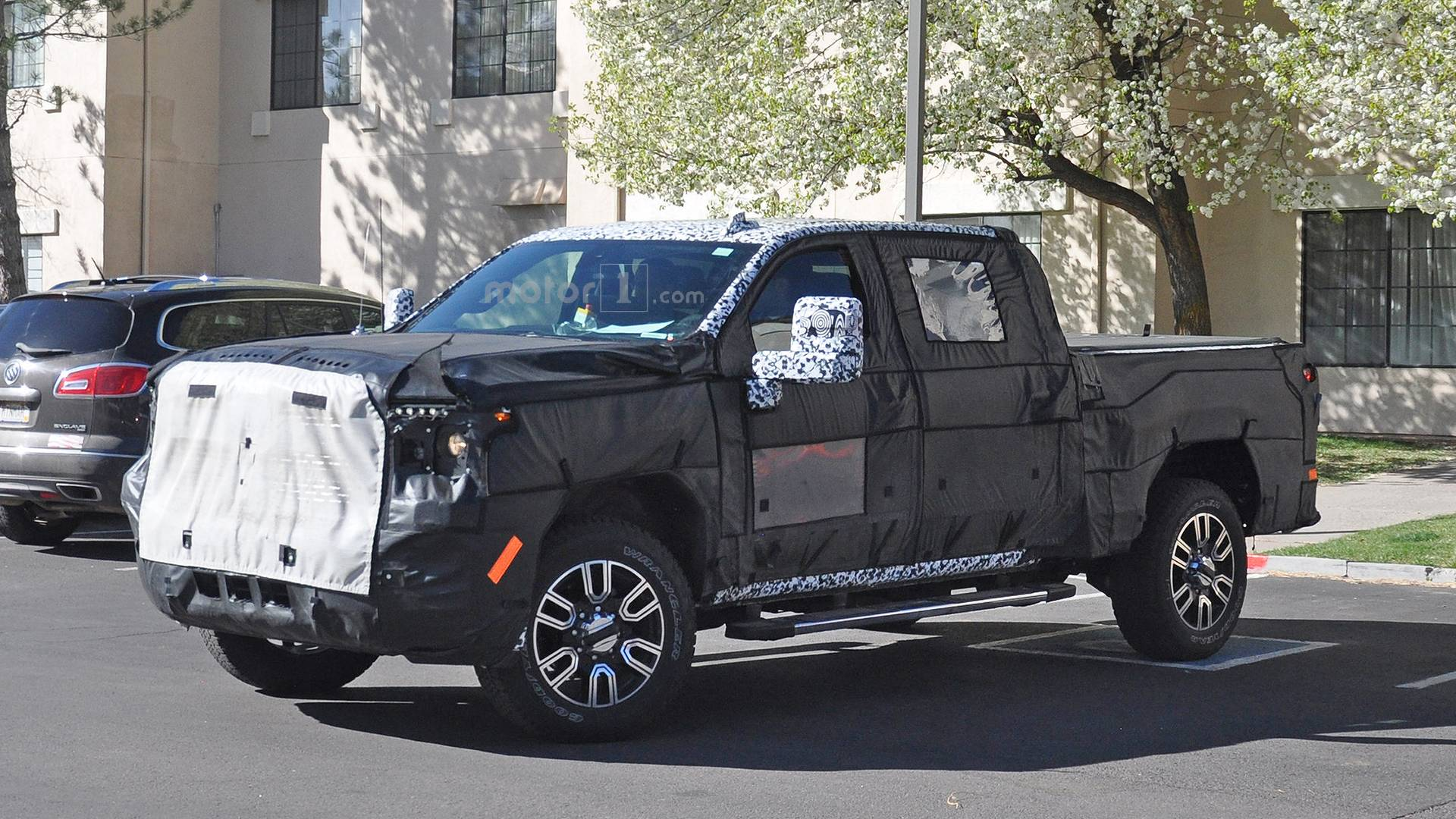 2020 Gmc Sierra Denali 2500 Hd Spied With Luxury Level Upgrades