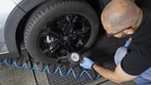 Pressione pneumatici auto, come si controlla