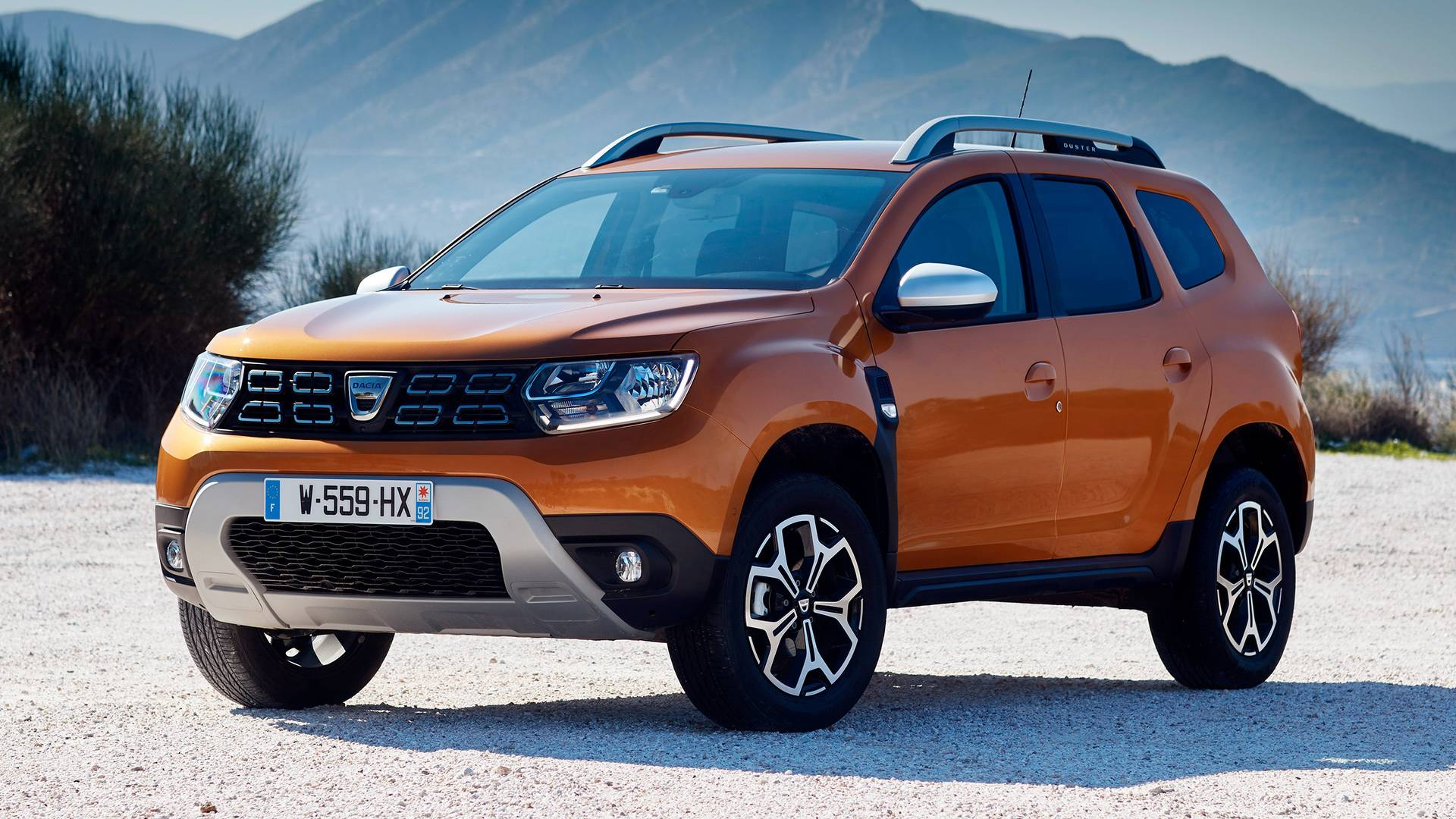 Dacia duster news foto video listino for Dacia duster listino