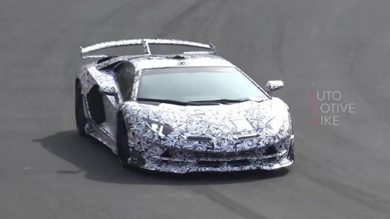 Lamborghini Aventador SVJ Video