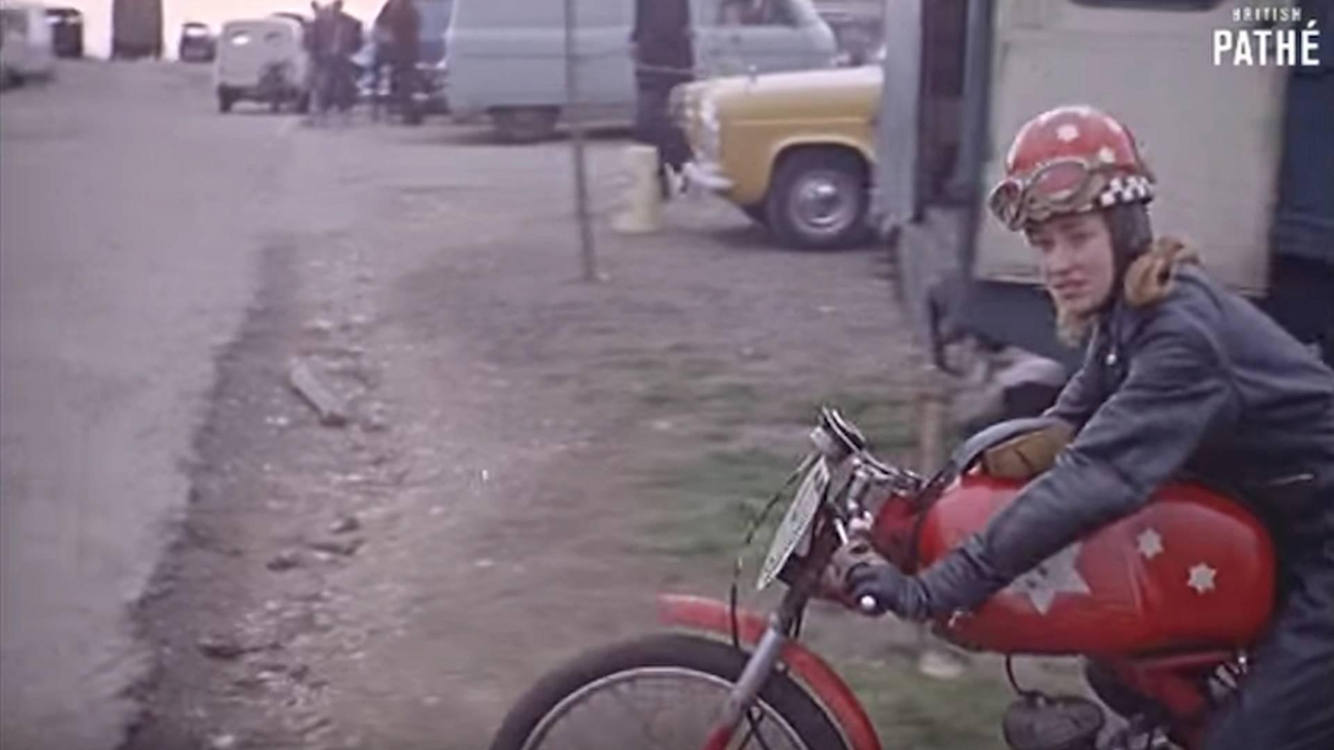 Film Vault: Girl Racer