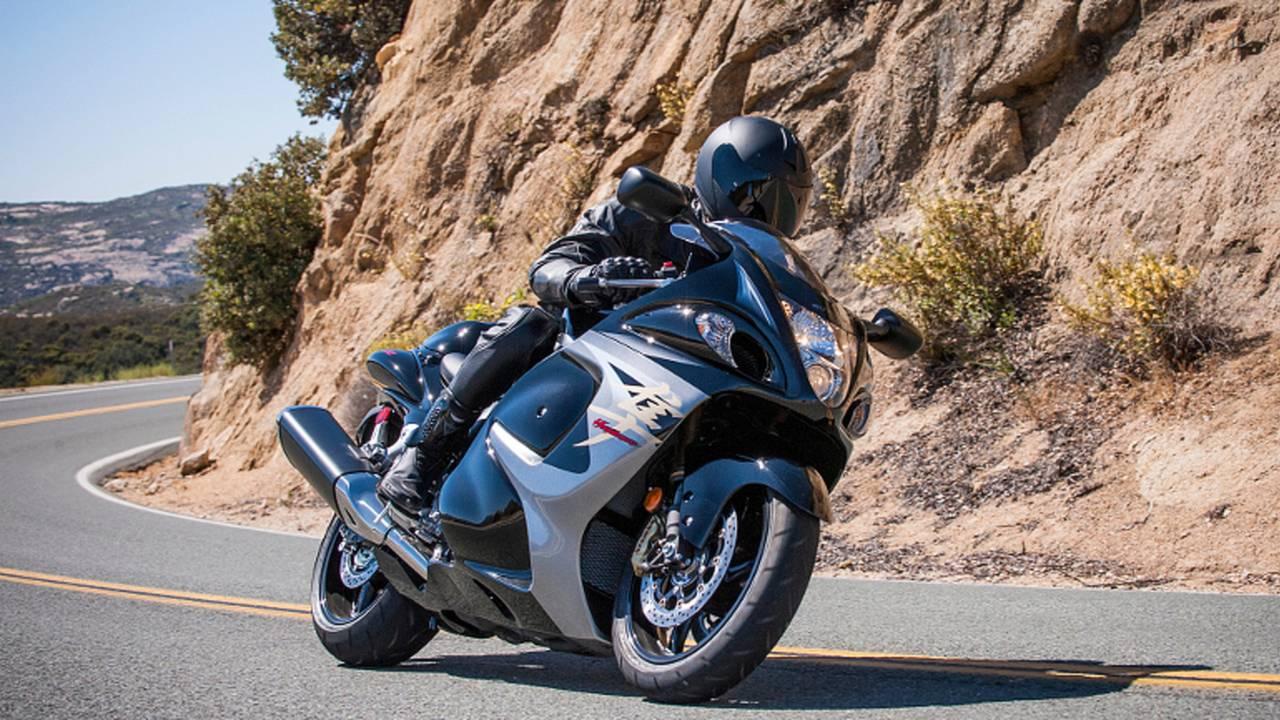 RideApart Review: 2013 Suzuki Hayabusa