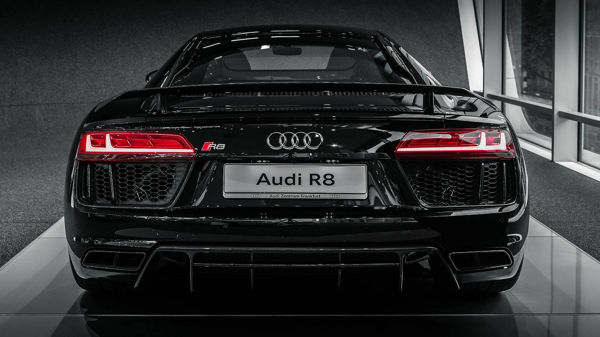 2015 Audi R8 V10 Plus In Mythos Black Looks Mesmerizing In High Quality Photo Shoot