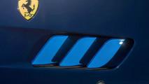 Ferrari GTC4 Azzurra