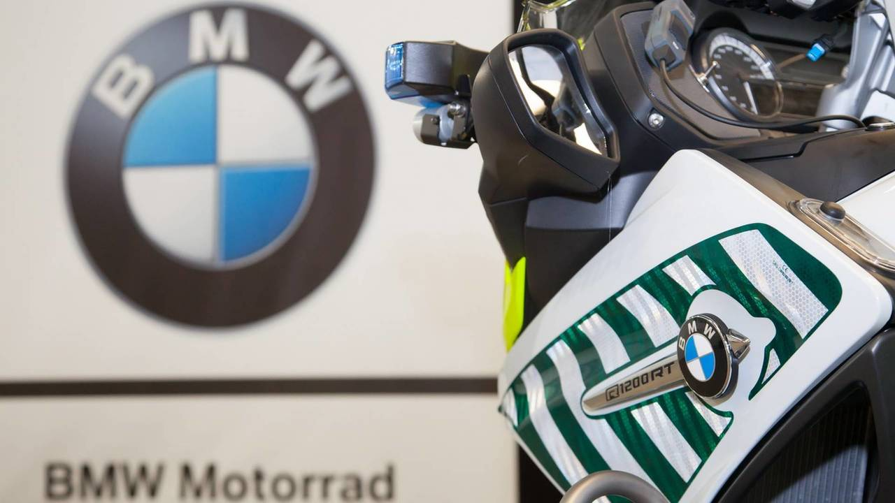 Entrega BMW R 1200 RT a la Guardia Civil
